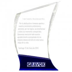 Galvano Elegant M (Mediano), modelado completamente en acrílico transparente y azul en basa, incluye grabado láser y caja gratis
