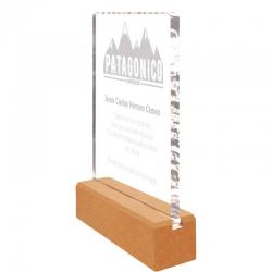 Galvano de Acrílico con base de madera Pequeño, Incluye grabado láser y caja de presentación GRATIS