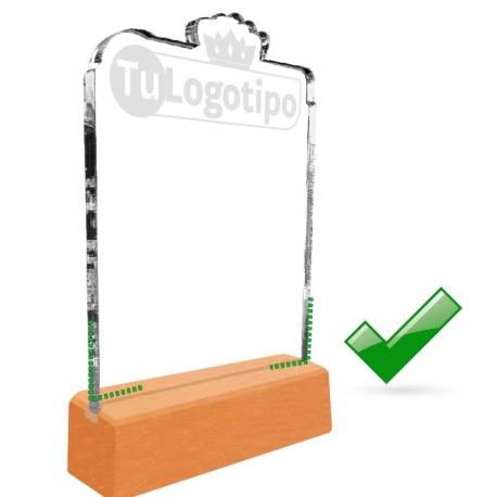 Galvano de Acrílico GRANDE con forma personalizada y base de madera. Pon aquí tu logo o la forma que quieras.