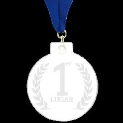 Medalla grabada 7 cms de diámetro elaborada en acrílico transparente de 4 mm de espesor.