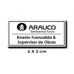 Piocha con Nombre 6x3 centímetros - Blanco / Negro con servicio exprés