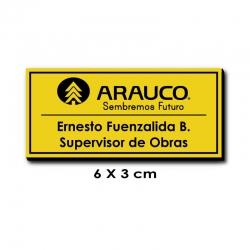 Piocha con Nombre, Cargo y Logo 6x3 centímetros - Amarillo / Negro, atención exprés