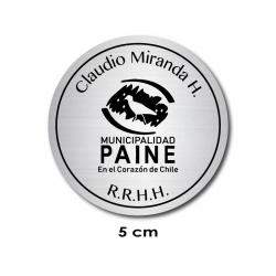 Pin Piocha de Identificación Circular 5 centímetros de diámetro. para textos y/o logos y marca la diferencia.