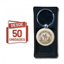 Llavero grabado Redondo en madera, desde 50 unidades con caja de presentación negra de regalo. Al detalle y por mayor.