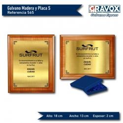 Galvano de Madera más Placa de Gravoply Metalizado tamaño S (pequeño), Incluye grabado láser y caja de presentación.